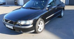 Volvo S60 2.4T Business 200hk -03