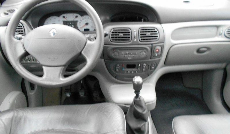 Renault Scénic 2.0 139hk NY BES. -02 full